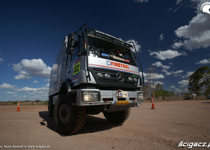 Dakar 2010 ciezarowka finstral