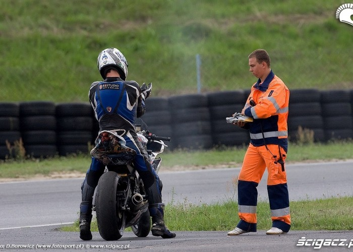 dymiacy motocykl rookie treningi poznan wmmp v runda