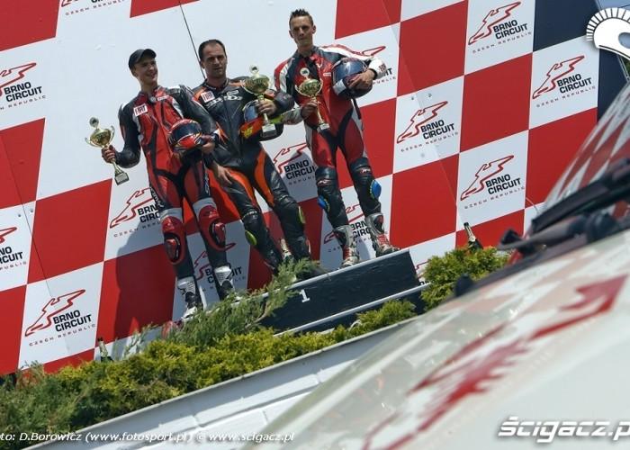 skorpion abarth podium fiat yamaha cup I runda brno 2009 e mg 0566