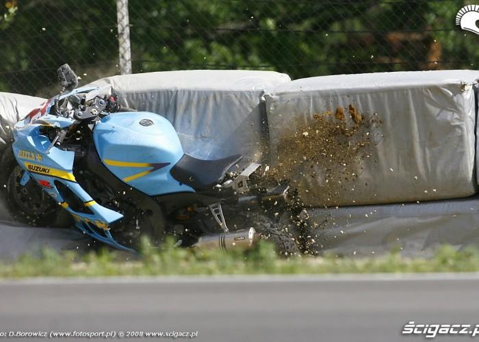 daniel dabrowski wypadek brno wmmp 2008 l mg 0067