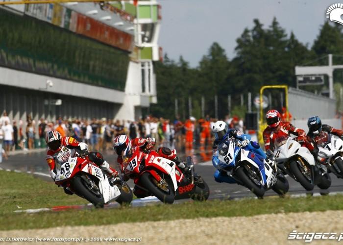 start superbike oskaldowicz tomaszewski brno wmmp 2008 v mg 0019