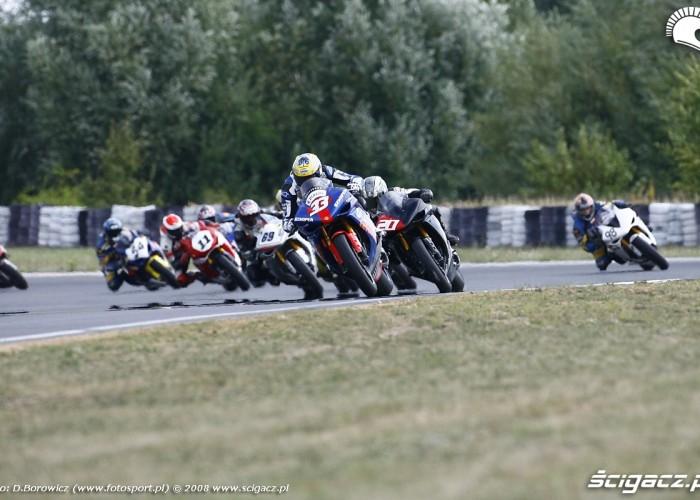 start superbike superstock1000 vi runda wmmp poznan 2008 l mg 0184