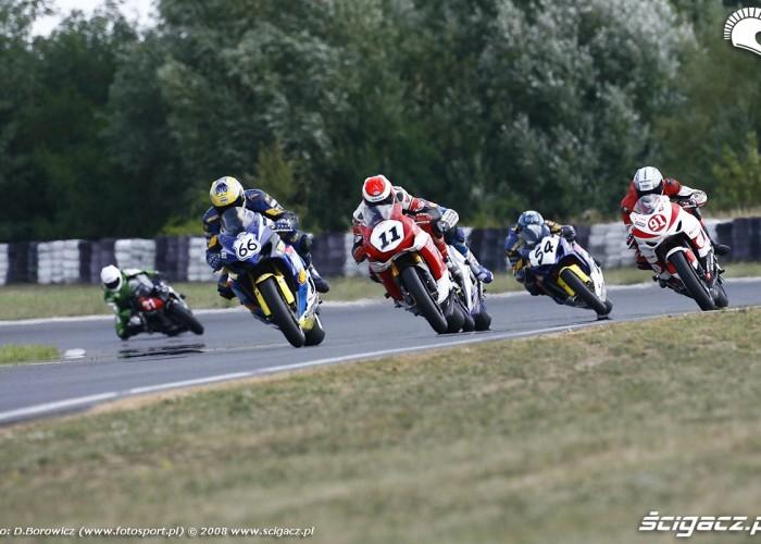 superbike wyscig vi runda wmmp poznan 2008 l mg 0225