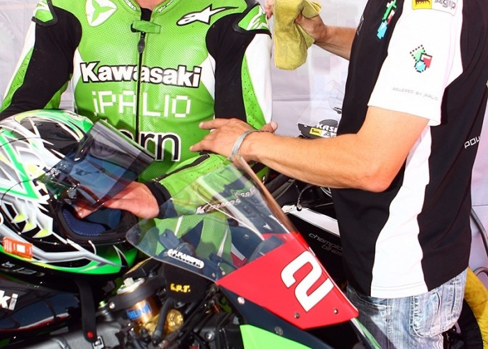 czyszczenie kombinezonu starty podium superbike superstock 1000 s mg 0021