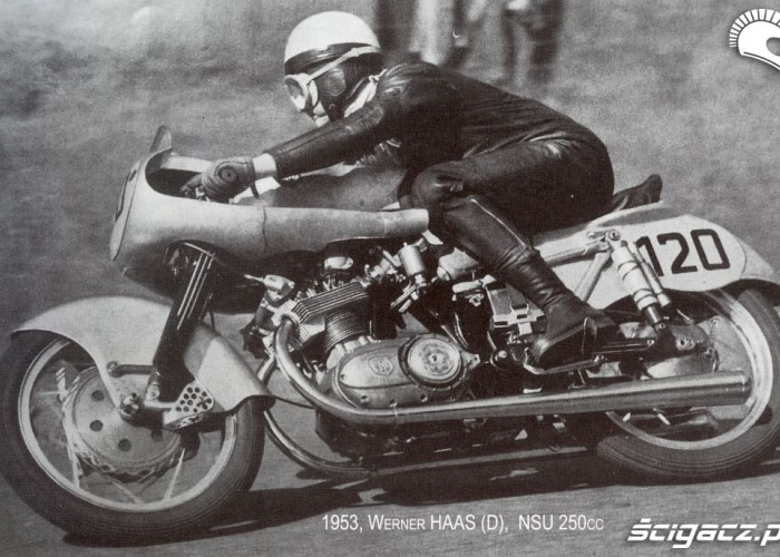 04) 1952 NSU250 Werner Haas (D) - mistrz swiata kl250cc 19
