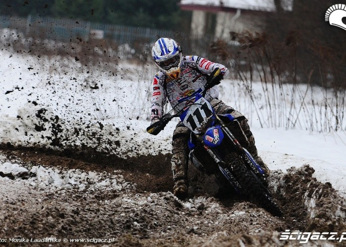 Zima snieg motocykle