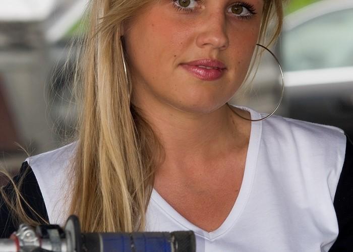 dziewczyna honda motocross mistrzostwa polski radom maj 2010 b mg 0320