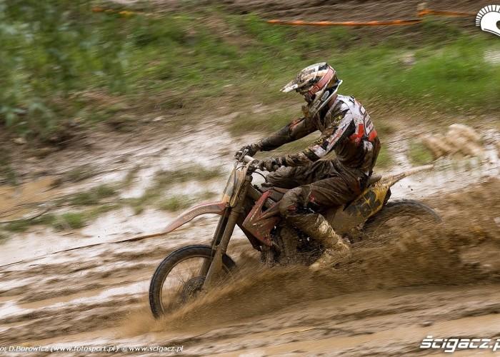 lonka na blocie motocross mistrzostwa polski radom maj 2010 a mg 0308