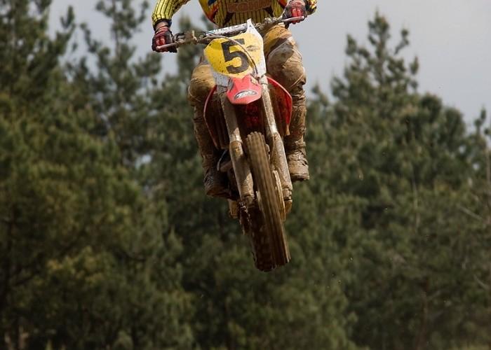 najwyzszy skok motocross mistrzostwa polski radom maj 2010 b mg 0016