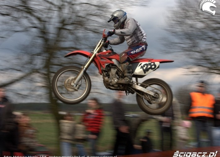 skok motocross