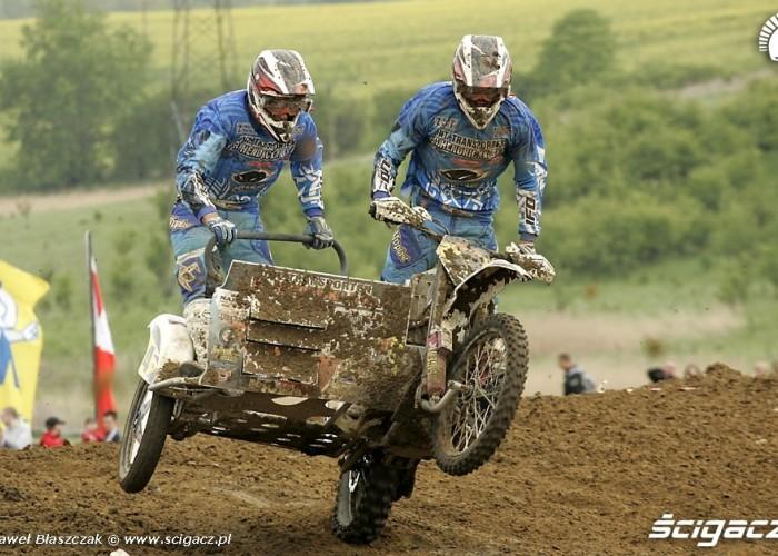 Mistrzostwa Swiata w Motocrossie Sidecar Gdansk 2009 ladowanie na kole
