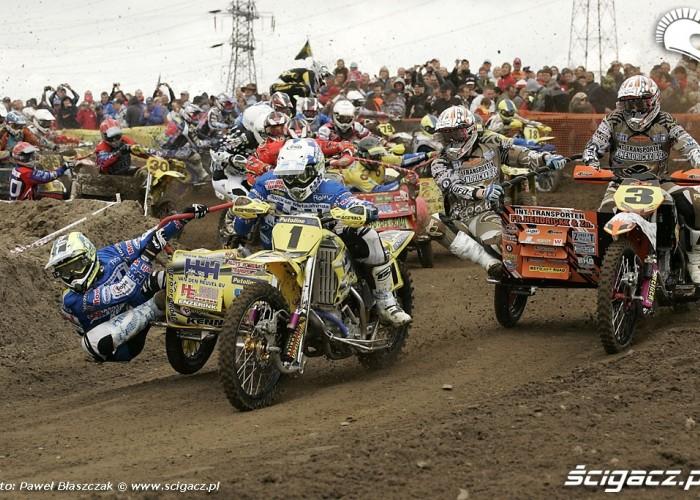Mistrzostwa Swiata w Motocrossie Sidecar Gdansk 2009 wejscie w zakret