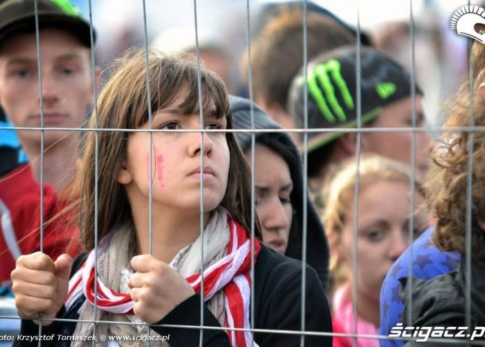 kibice mxon 2011 czekajac na wyniki