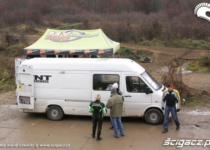 Kawasaki prezentacja w Lomiankach namiot mx nowicki