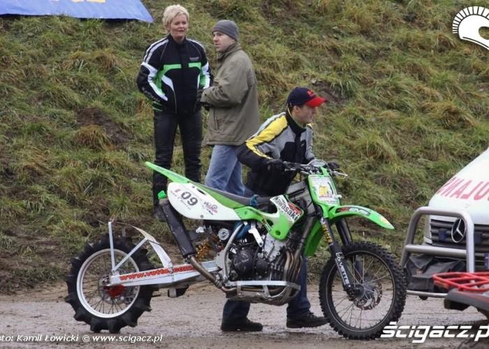 motocykl Kawasaki do hill clambingu
