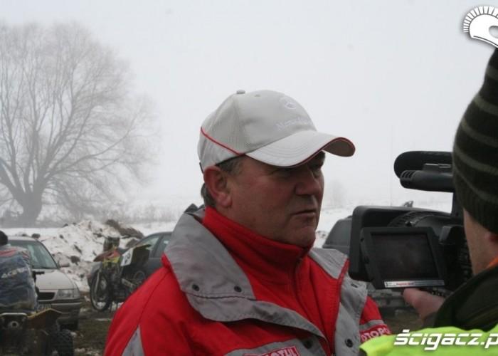 Andrzej Rencz udziela-wywiadu