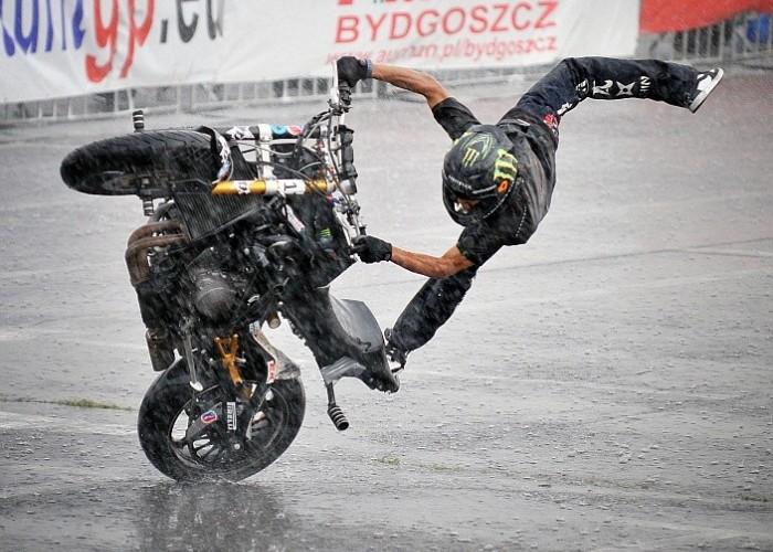 Shin Stunt GP