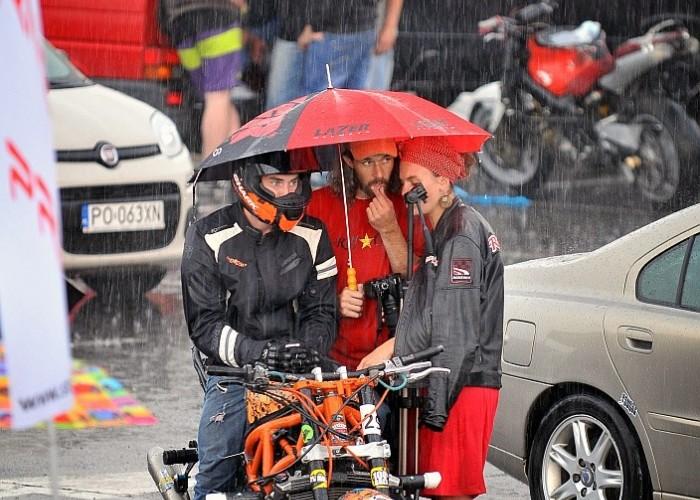 deszcz Stunt GP 2014