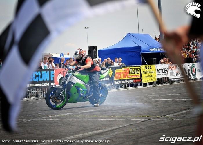dym Stunt GP 2014