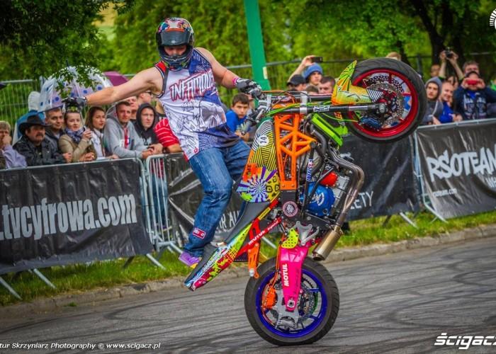 Beku na gumie Moto Show Bielawa Polish Stunt Cup 2015