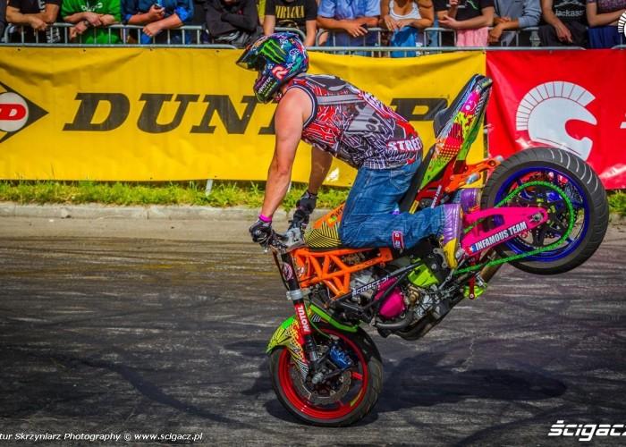 Beku stoppie Moto Show Bielawa Polish Stunt Cup 2015