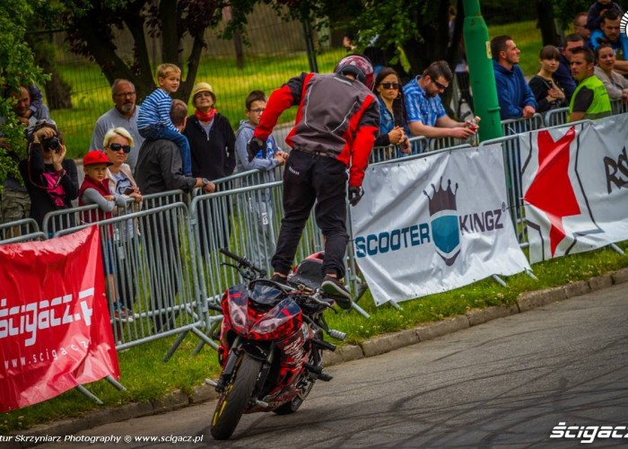 Korzen jazda tylem Moto Show Bielawa Polish Stunt Cup 2015
