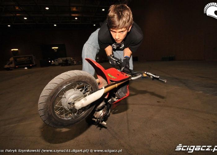 Honda CRF 50 stunt tricks Stunter13