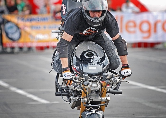 Mok Stunt GP
