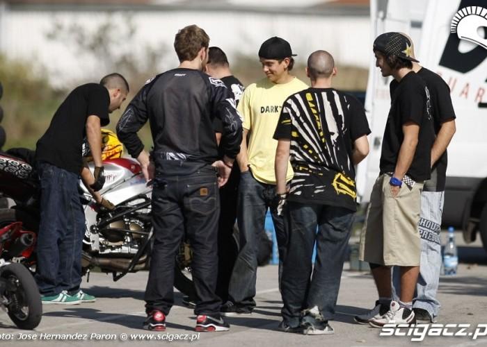 Hiszpanska ekipa stunt ustawka