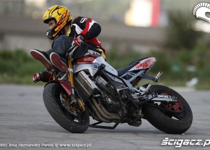 Motocyklowy drift Rafal Pasierbek