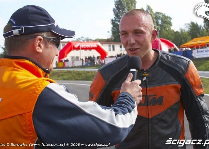 czapka wywiad supermoto motocykle wrzesien radom 2008 a mg 5141