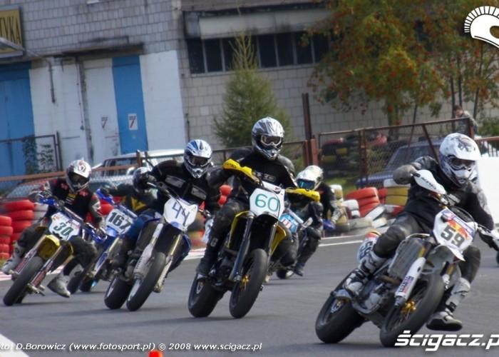 drugi lewy supermoto motocykle wrzesien radom 2008 d mg 7704