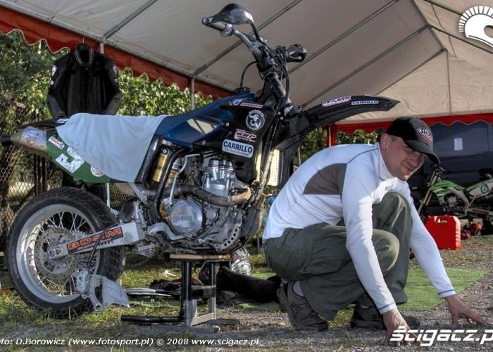 materka udaje kolo supermoto motocykle wrzesien radom 2008 f mg 8116