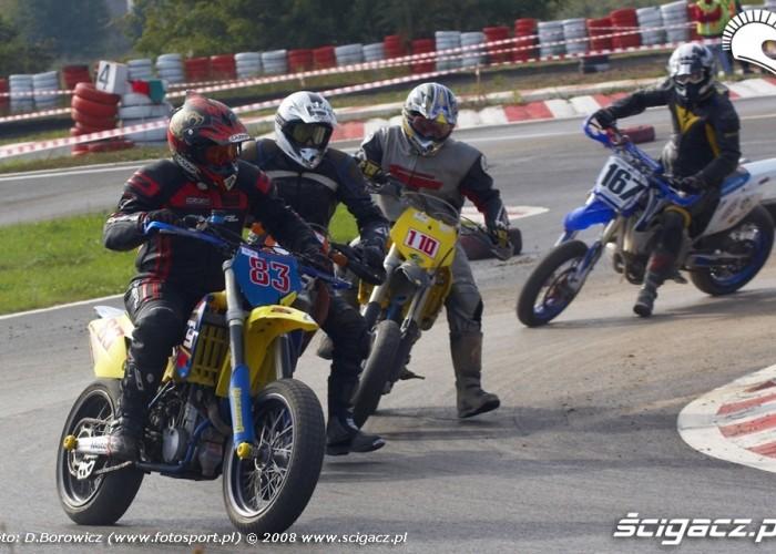 na zakrecie supermoto motocykle wrzesien radom 2008 e mg 7780
