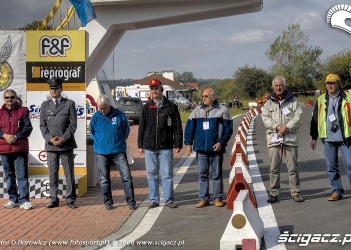 organizatorzy supermoto motocykle wrzesien radom 2008 b mg 0012