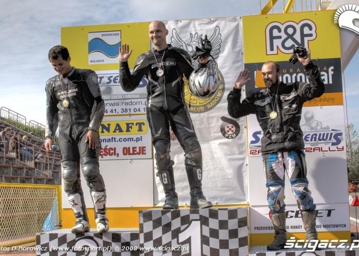 podium supermoto motocykle wrzesien radom 2008 d mg 7513
