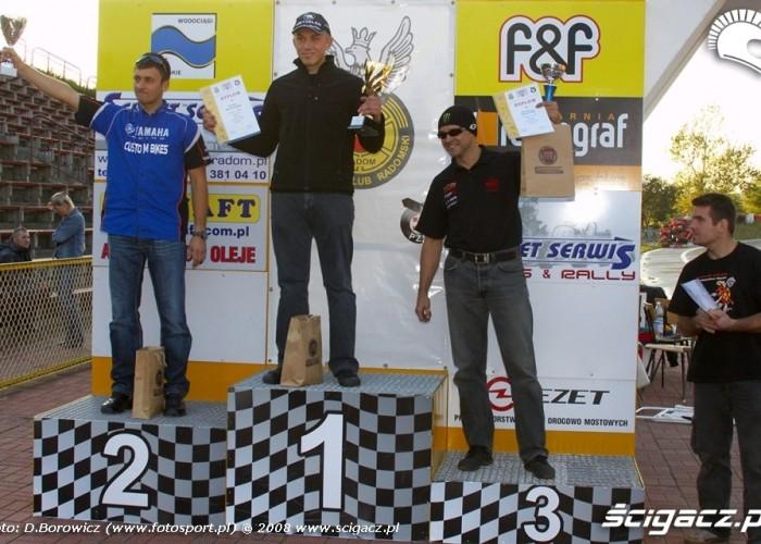 podium supermoto motocykle wrzesien radom 2008 f mg 8318