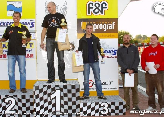 podium supermoto motocykle wrzesien radom 2008 f mg 8324