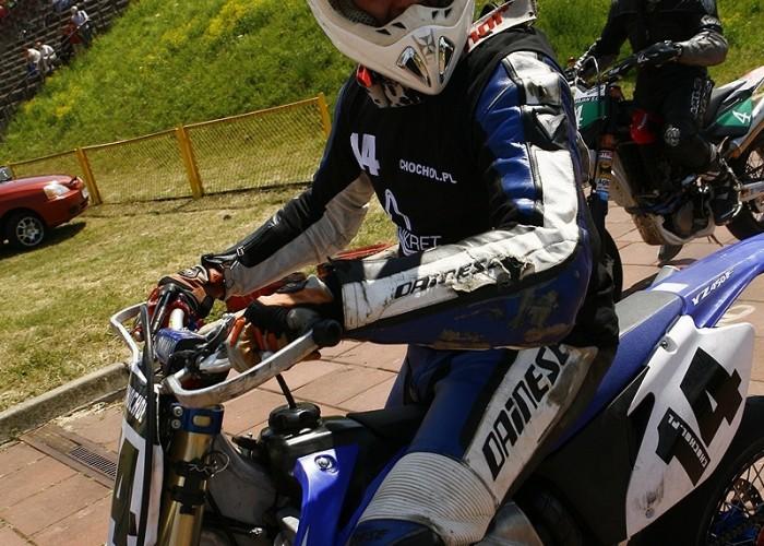 chochol robi zeza radom supermoto motocykle lipiec 2008 b mg 0211