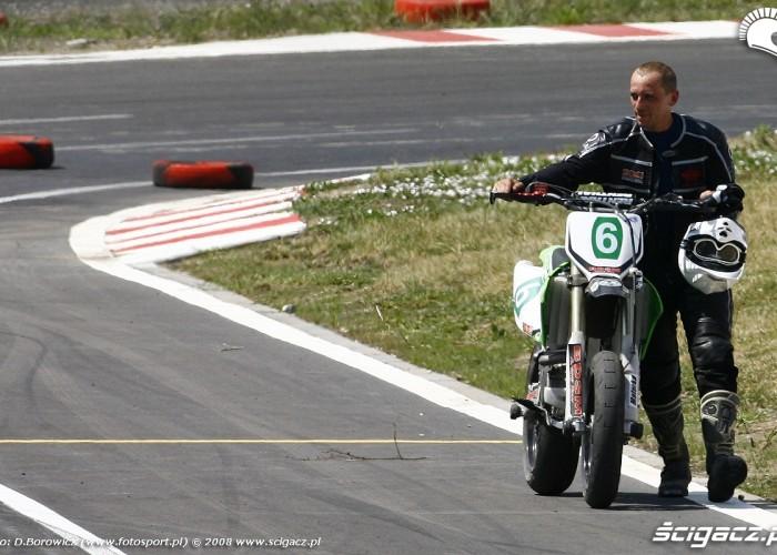 defekt materka radom supermoto motocykle lipiec 2008 c mg 0048