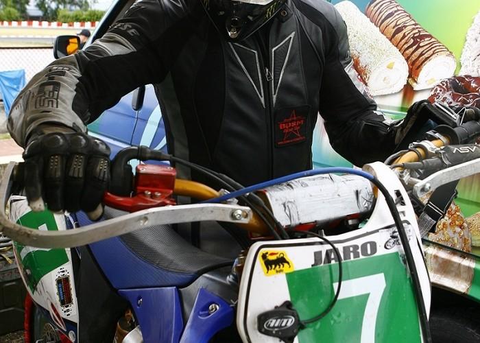 jaro przed wyscigiem radom supermoto motocykle lipiec 2008 c mg 0336