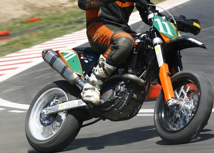 mochocki karol radom supermoto motocykle lipiec 2008 a mg 0030