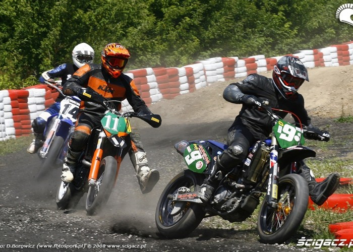 osobka mochocki chochol radom supermoto motocykle lipiec 2008 a mg 0084