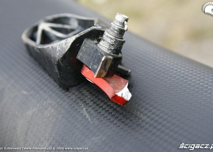 zlamany podnozek aprilia radom supermoto motocykle lipiec 2008 c mg 0375