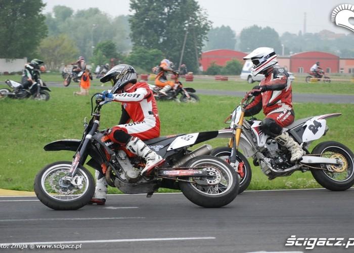 Bartek Fijalkowski treningi motocyklowe