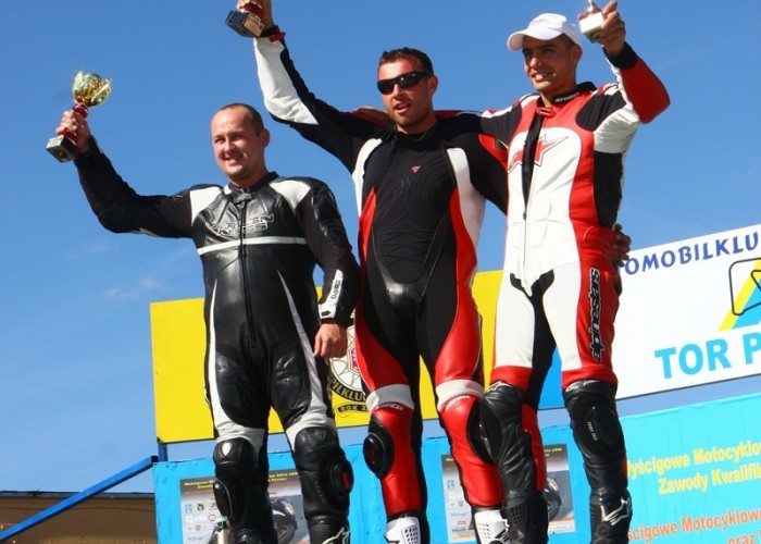 podium rookie 1000 vi runda wmmp poznan c mg 0166
