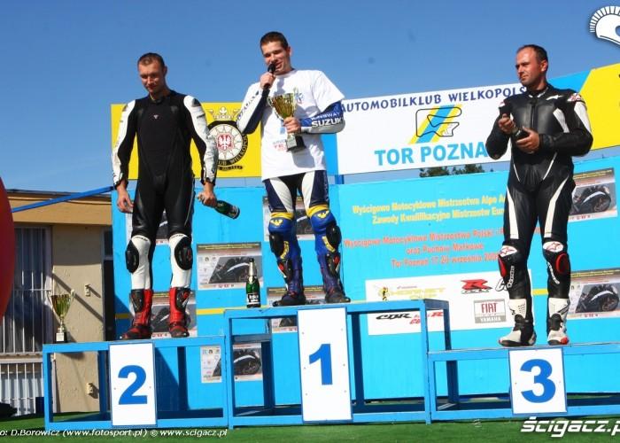 podium rookie 600 vi runda wmmp poznan c mg 0105