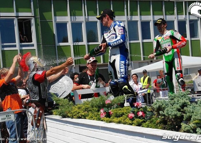 CRUTCHLOW Cal i BIAGGI Max podium superbike