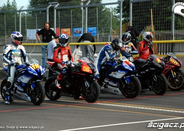 World Superbike Brno Superstock600 pitlane