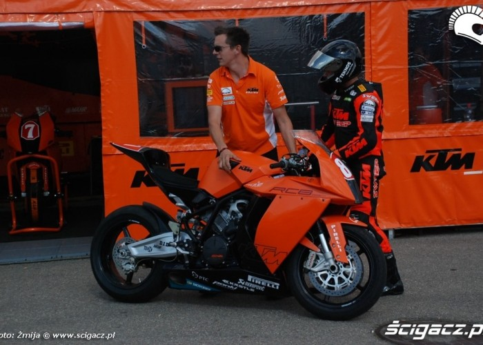 World Superbike Brno tor KTM racing team
